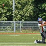 Berend Westdijk plays well over point