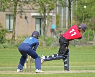 Overdijk plays over midwicket