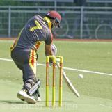 Kohli can't get over the shot...