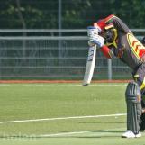 Vinoo Tewarie defends forward