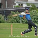 Cooper pulls for a boundary