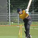 Berend Westdijk knocks back Etman's off stump