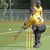 Roel Verhagen plays through cover