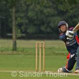De Grooth blasts one through cover