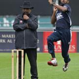Prathamesh Dake bowling for Quick