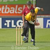 Ali Ahmed Qasim bowling for HCC