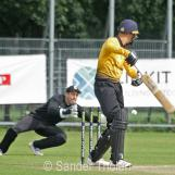 Roel Verhagen gets away with a thick edge