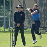 Leon Turmaine bowling, Pim van Liemt umpiring