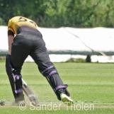 Woutersen digs out a yorker
